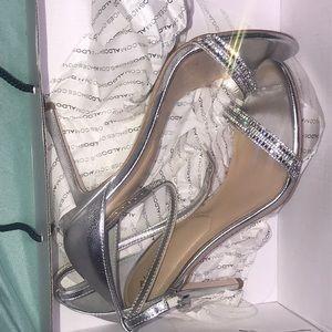 Aldo silver heels size US-9 ,UK-7